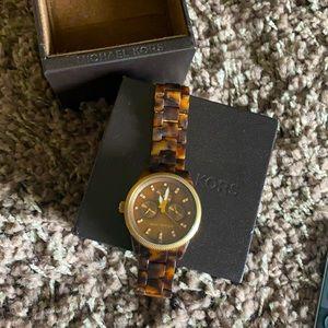 Michael Kors MK5038 Tortoise Watch, Brown.